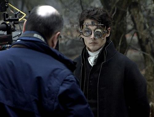 http://www.johnnydepp.ru/jdportal/html/content/gallery/films/sh-a/007.jpg